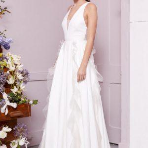 Brautkleid mit Stickerei