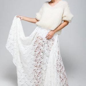 Oversize Brautpullover, handgestrickt mit V-Ausschnitt