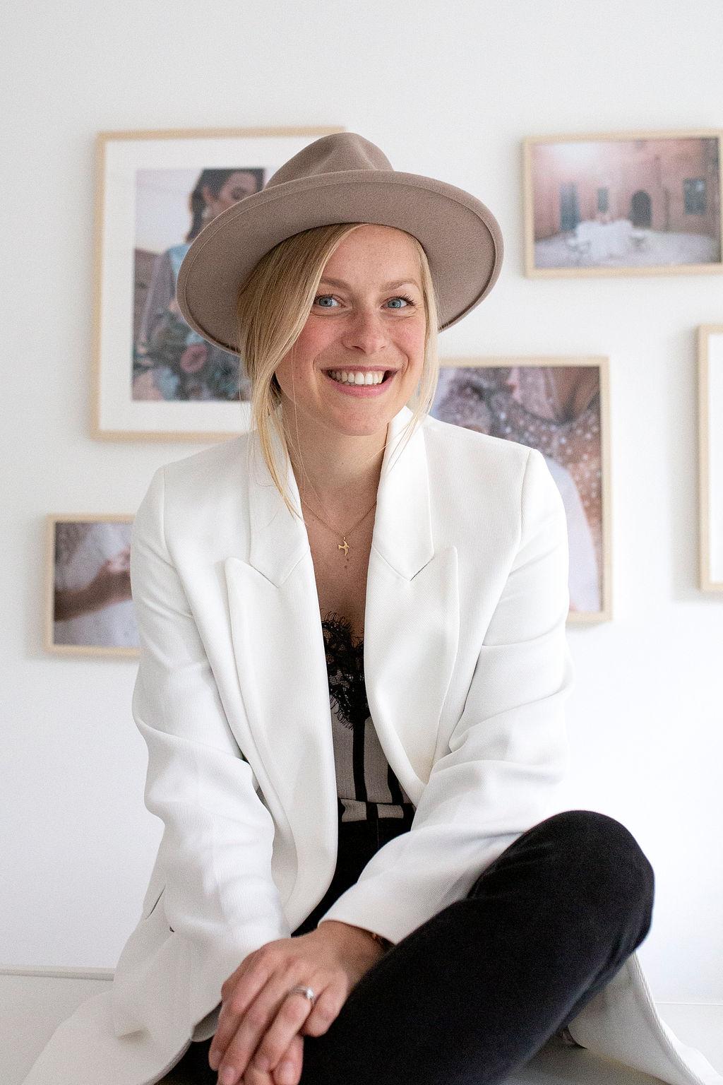 White Concepts Sarah Bien
