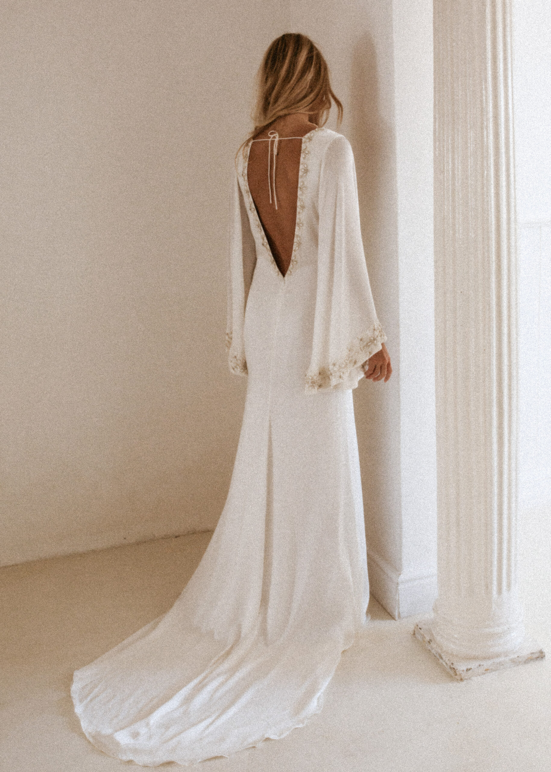 HUDSON GOWN BY TEMPLE BY BO & LUCA WHITE CONCEPTS BRAUTMODE AACHEN