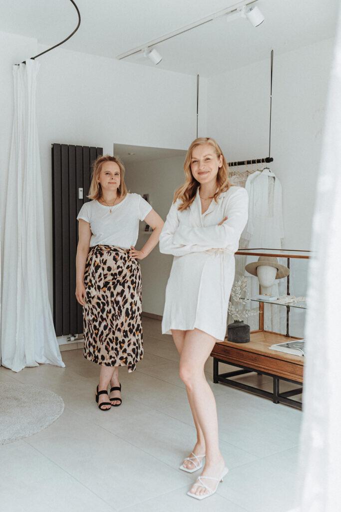 Sarah Bien & Ilka Schischke White Concepts Brautmode Aachen